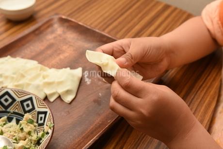 手作り餃子の写真素材 [FYI04300177]
