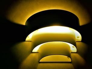 玄関の電灯の写真素材 [FYI04300219]