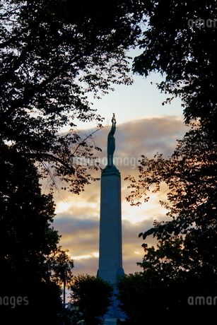ラトビアの自由記念碑の写真素材 [FYI04300725]