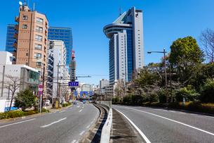 富坂から文京シビックセンターの写真素材 [FYI04300741]