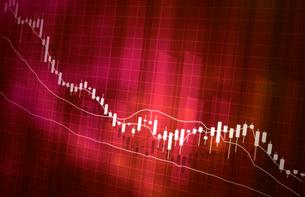 株価の下落グラフイメージ赤色レッドのイラスト素材 [FYI04300880]