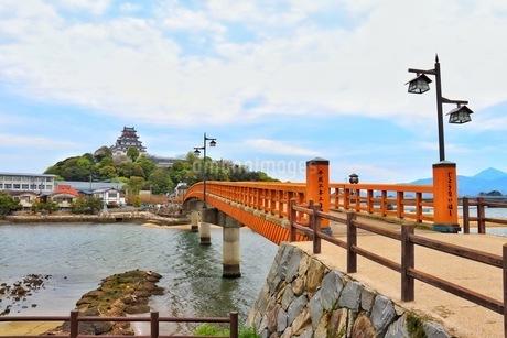 唐津城と城内橋の写真素材 [FYI04301028]