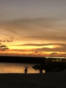 モルディブの夕暮れの写真素材 [FYI04301166]