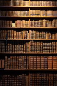 オーストリア国立図書館 本棚 ウィーンの写真素材 [FYI04302071]