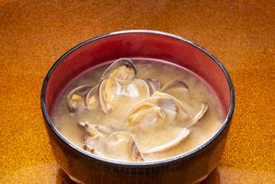アサリの味噌汁の写真素材 [FYI04303547]