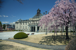 春の文翔館の写真素材 [FYI04304476]