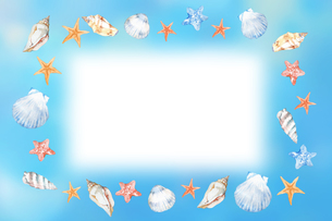 貝殻フレームのイラスト素材 [FYI04304493]