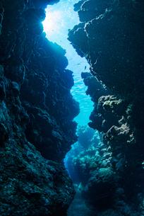 水中のチャネルの写真素材 [FYI04305104]
