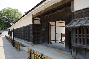 日本100名城の彦根城 重要文化財の馬屋入口の写真素材 [FYI04305616]
