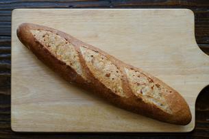 フランスパンの写真素材 [FYI04305679]