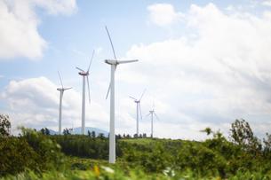 空と風力発電の写真素材 [FYI04306350]