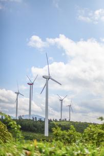 空と風力発電の写真素材 [FYI04306351]