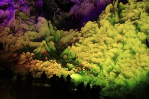 芦ヶ久保の氷柱 ライトップされた埼玉県横瀬町冬のイベントの写真素材 [FYI04307275]