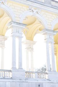 シェーンブルン宮殿  グロリエッテ ウィーン  オーストリアの写真素材 [FYI04308042]