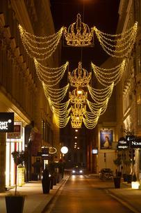 ウィーン旧市街  クリスマスイルミネーション オーストリアの写真素材 [FYI04308059]
