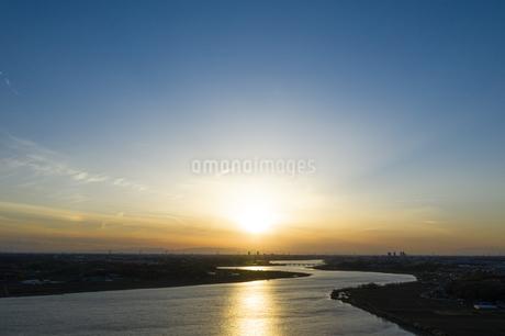 手賀沼の夕焼けの写真素材 [FYI04308187]
