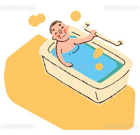 入浴するおじいちゃんのイラスト素材 [FYI04308254]