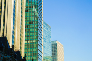 東京丸の内のビジネス街・オフィスビルのイメージの写真素材 [FYI04308949]