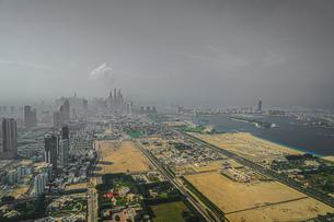 ドバイ(アラブ首長国連邦)の都市風景の写真素材 [FYI04309060]