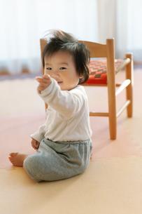 笑う赤ちゃんの写真素材 [FYI04309836]