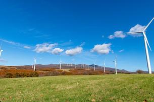 北海道伊達市 風力発電の風車の写真素材 [FYI04310816]