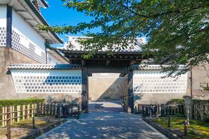 金沢城 石川門の写真素材 [FYI04310898]