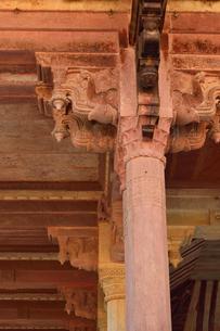 アンベール城内のディーワーネ・アームの柱の写真素材 [FYI04313900]