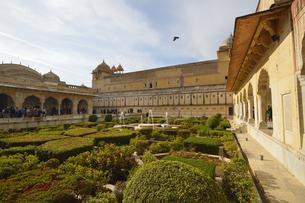 アンベール城のアラムバ-グ庭園の写真素材 [FYI04313919]
