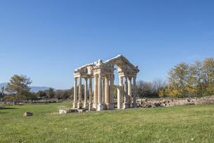 アフロディシアス遺跡テトラピロンの写真素材 [FYI04316157]
