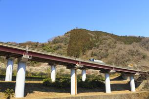 中央高速道路の写真素材 [FYI04316798]