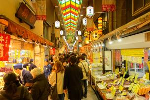 京都 錦市場の写真素材 [FYI04317557]