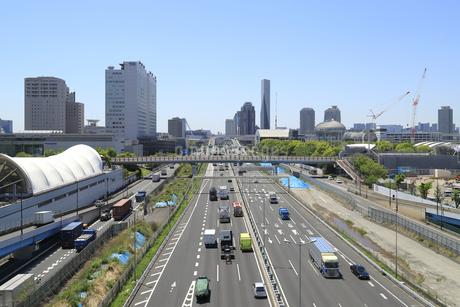 臨海エリアの都市風景の写真素材 [FYI04317624]