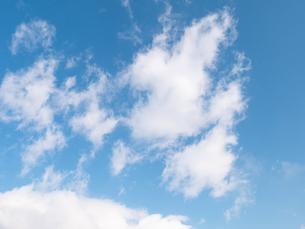 おもしろい雲と空のイメージ素材の写真素材 [FYI04318351]