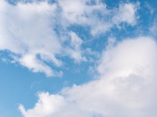 おもしろい雲と空のイメージ素材の写真素材 [FYI04318353]