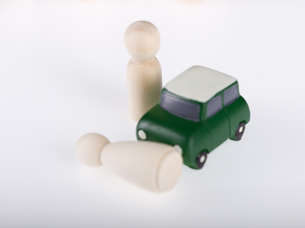車の事故現場のミニチュアの写真素材 [FYI04318705]