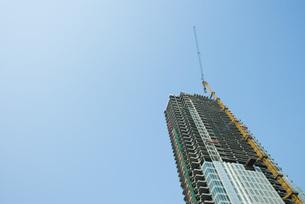high rise under constructionの写真素材 [FYI04319558]
