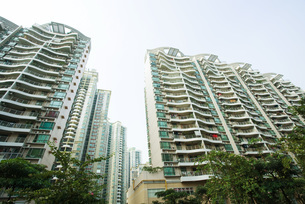 high rise apartment buildingsの写真素材 [FYI04319574]