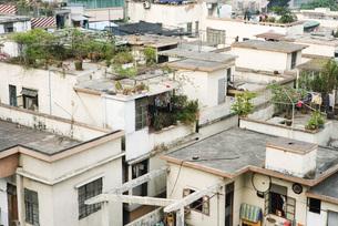 view of rooftopsの写真素材 [FYI04319592]