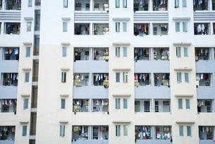 High rise apartment buildingの写真素材 [FYI04319617]
