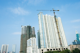 High-rise buildings under constructionの写真素材 [FYI04319643]