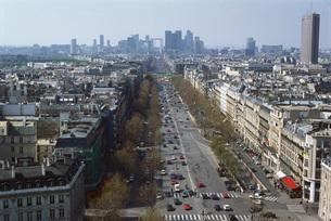 View on Avenue de la Grande Armeeの写真素材 [FYI04319788]