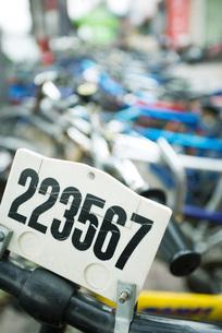 License plate on bikeの写真素材 [FYI04319928]