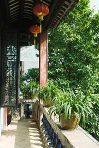 Balcony on Chinese templeの写真素材 [FYI04319940]
