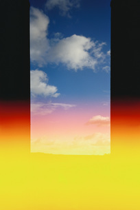 Montage, sky on colored backgroundの写真素材 [FYI04320026]