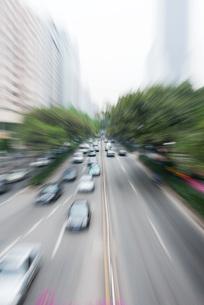 City thoroughfare, blurred motionの写真素材 [FYI04320353]