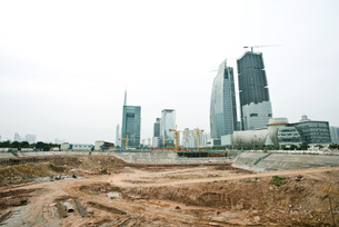 Bare soil at construction siteの写真素材 [FYI04320699]