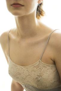 Female wearing lingerieの写真素材 [FYI04321079]