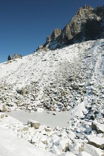 Snowy mountainの写真素材 [FYI04321668]