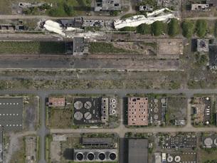 Aerial view of industrial buildings, North Rhine-Westphalia, Germanyの写真素材 [FYI04322987]