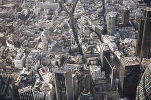 Full frame aerial view of city, London, England, UKの写真素材 [FYI04322996]